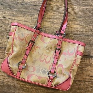 Coach purse/hand bag
